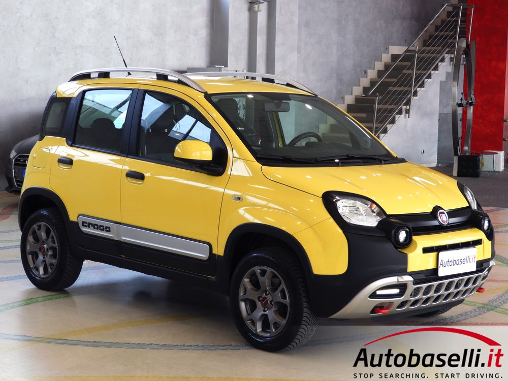 fiat panda cross 1 3 mjt 4x4 80 cv pelle trazione integrale selettore elettronico on offroad. Black Bedroom Furniture Sets. Home Design Ideas