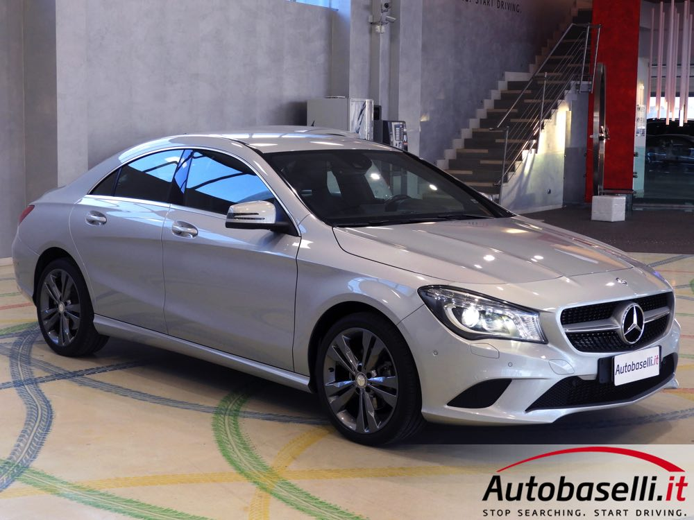 mercedes cla 200 cdi sport navigatore interni in pelle fari bi xeno bluetooth. Black Bedroom Furniture Sets. Home Design Ideas