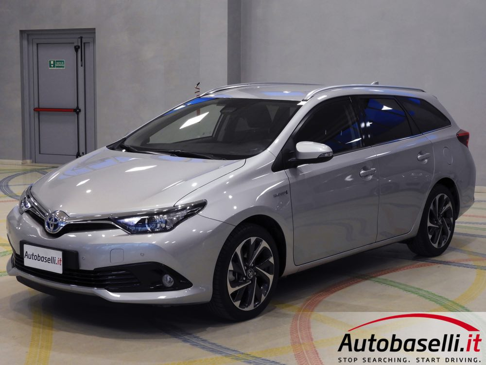 toyota auris touring sport 1 8 hybrid active style safety pack nuovo modello restyling cambio. Black Bedroom Furniture Sets. Home Design Ideas