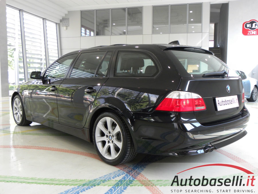 bmw 530 xd touring futura 231 cv e61 4x4 fap. Black Bedroom Furniture Sets. Home Design Ideas