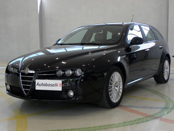 alfa romeo 159 sportwagon 2 4 jtdm distinctive 200 cv pelle navigatore telefono 2xclima. Black Bedroom Furniture Sets. Home Design Ideas