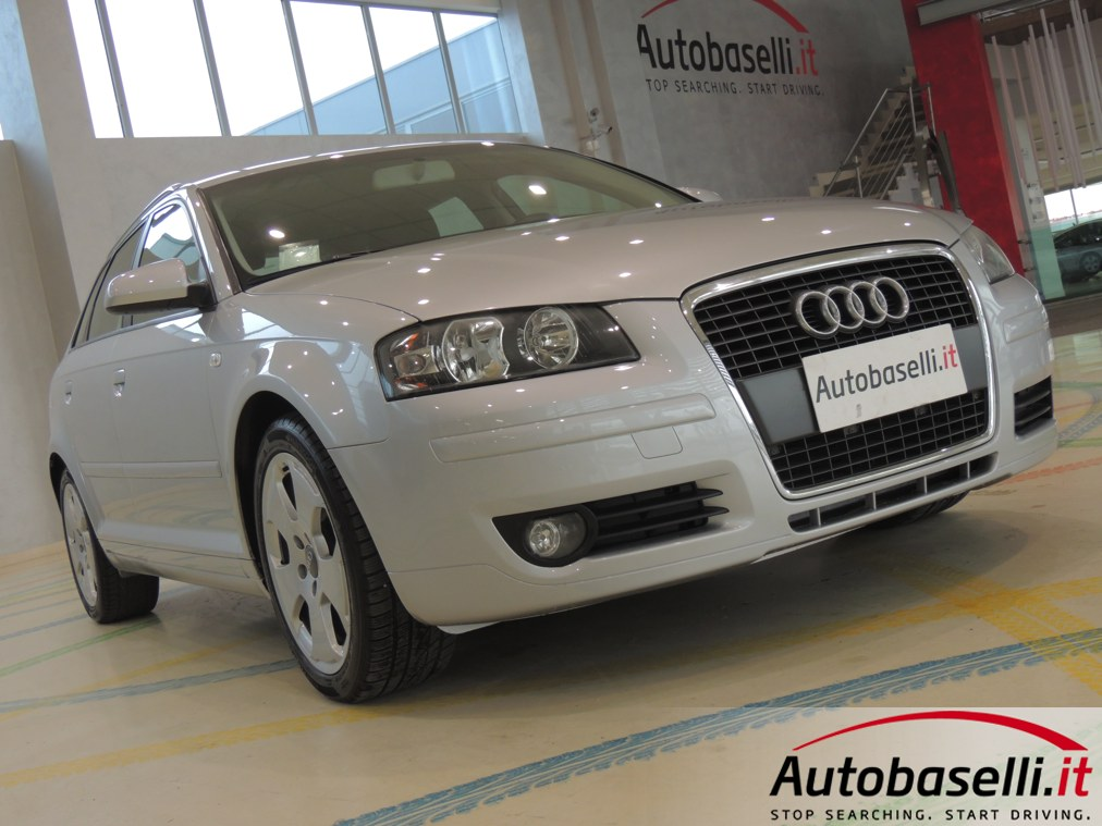 audi a3 sportback 2 0 tdi ambition 140 cv cerchi in lega. Black Bedroom Furniture Sets. Home Design Ideas