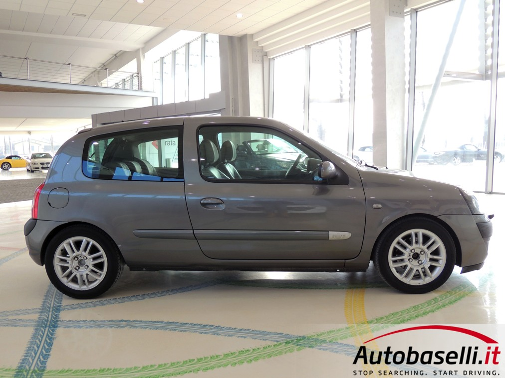 1998 renault clio ii 1 6 rxe related infomation. Black Bedroom Furniture Sets. Home Design Ideas