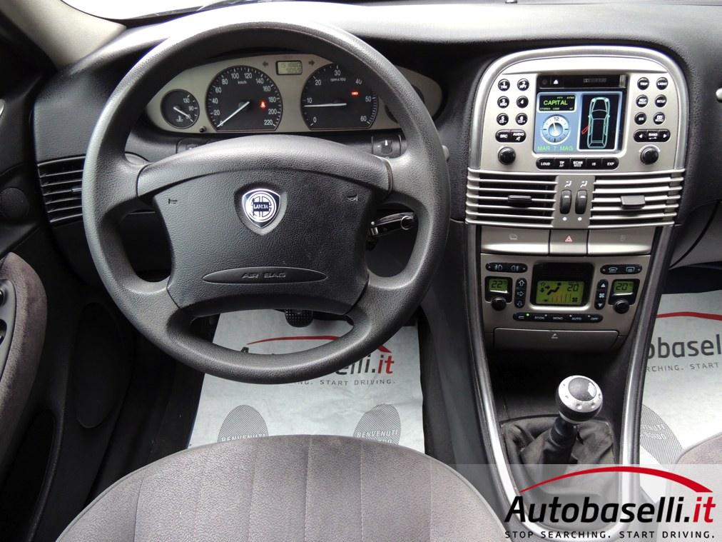 Lancia Lybra Station Wagon 1 9 Jtd Climatizzatore Bi Zona Autoradio Con Schermo A Colori