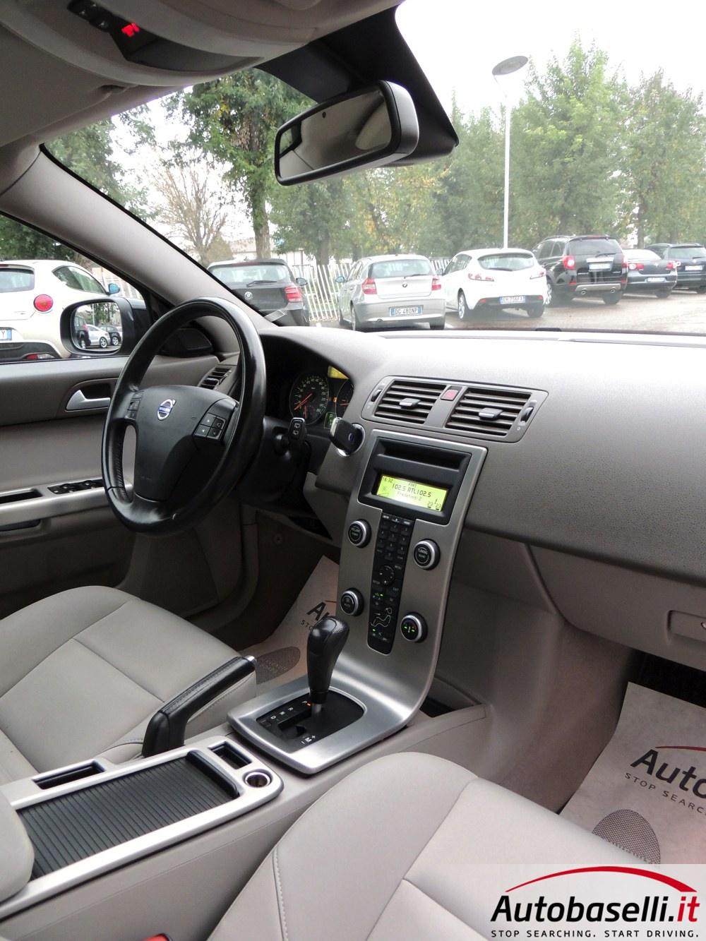 Volvo V50 2 4 D5 Momentum Geartronic 180 Cv Cambio