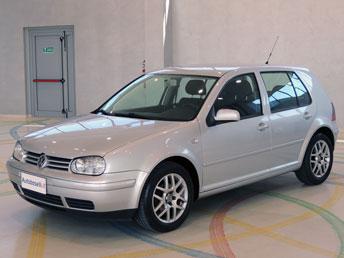 Volkswagen golf iv 1 6 highline navigatore becker for Golf 6 highline accessori di serie