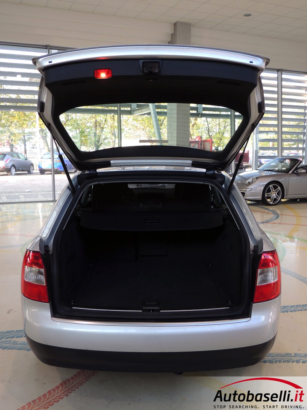 audi a4 avant 1 9 tdi 130 cv climatizzatore bi zona. Black Bedroom Furniture Sets. Home Design Ideas