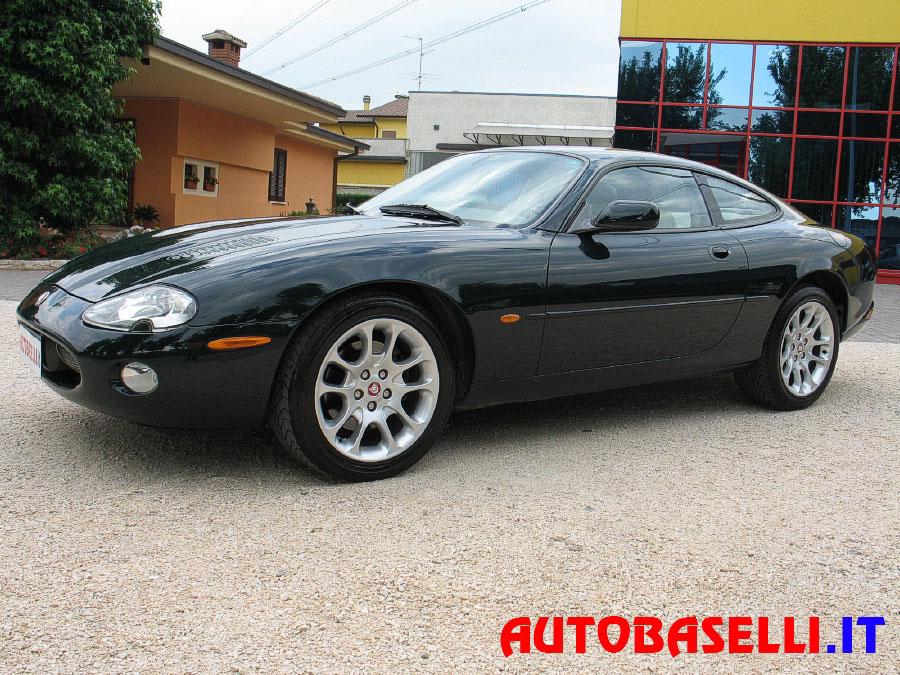 2009 Jaguar SType V8 photo - 6
