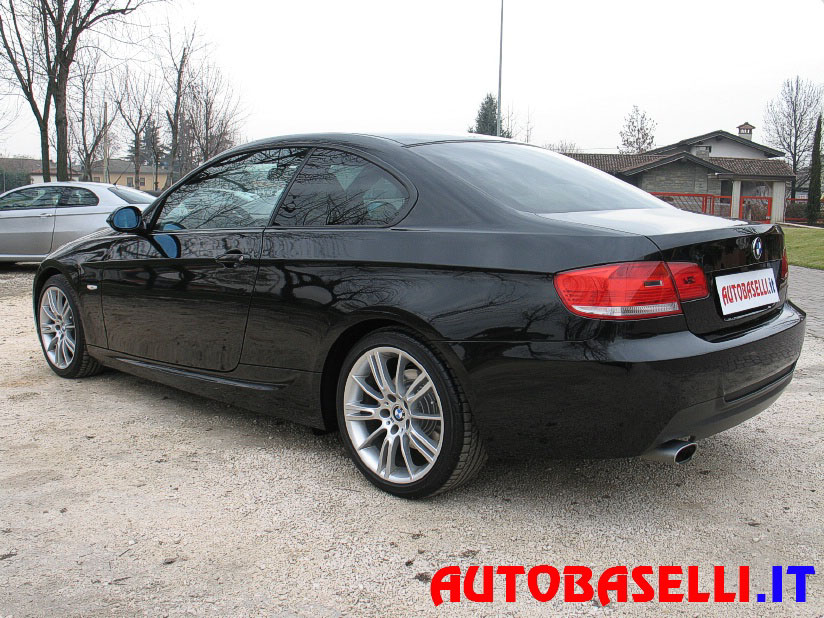 vendo bmw 320 coupe 2006. Black Bedroom Furniture Sets. Home Design Ideas