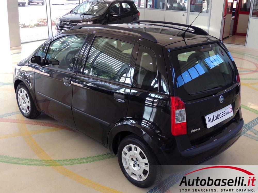 Fiat idea 1 3 mjt 70 cv climatizzatore radio cd for Consumo del fiat idea 1 4