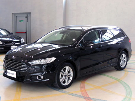 ford mondeo sw 2 0tdci 150cvpowershifttit business cambio automatico powershift paddles. Black Bedroom Furniture Sets. Home Design Ideas